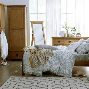 Grange Oak Bedroom